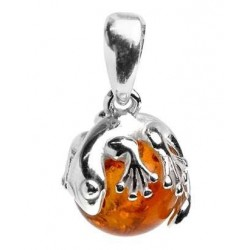 Silver pendant and amber pearl surmounted by a salamander