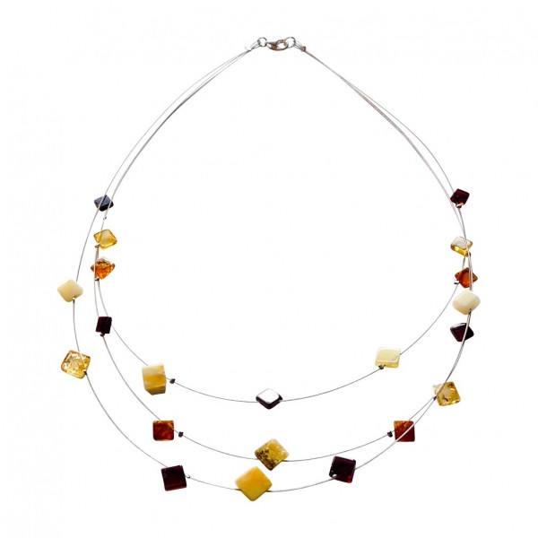 Collier en ambre multicolore, forme carré.