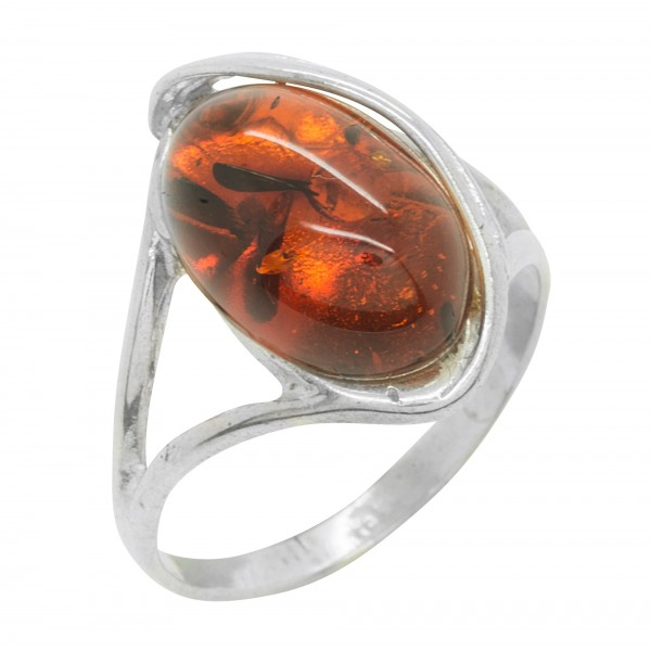 Twisted silver ring with cognac amber stone
