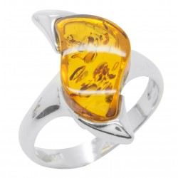Zigzag shaped ring with amber and silver