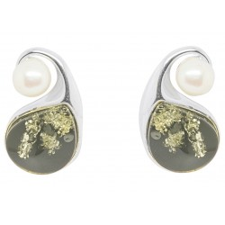 Green Amber and cultured pearl earring on Silver