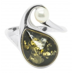 Green and silver amber ring with cultured pearl