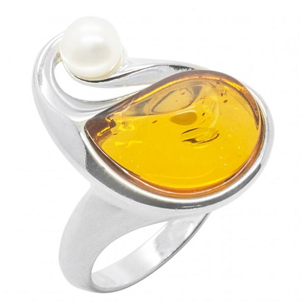Bague en ambre et argent accompagné d'une perle de culture
