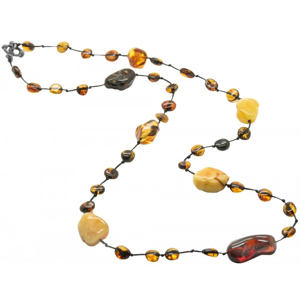 Long collier d'ambre adulte avec des pierres d'ambre brutes multicolores