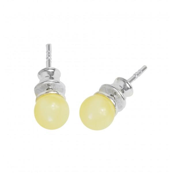 Boucles d'oreilles avec perle d'ambre blanc ronde, argent massif