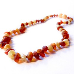 Necklace in white baby amber and raw honey