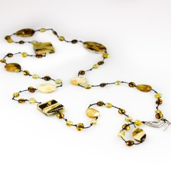 Vert long necklace made with mosaic amber